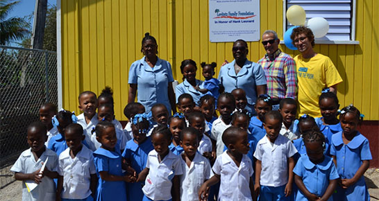 Class photo of schoolchildren in Jamaica